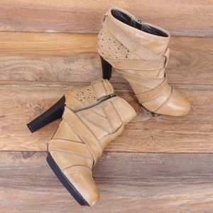 DKNY Hadley Leather Boots